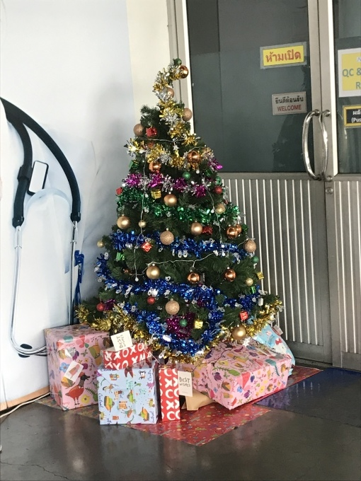 クリスマスプレゼント_b0100062_10503457.jpeg