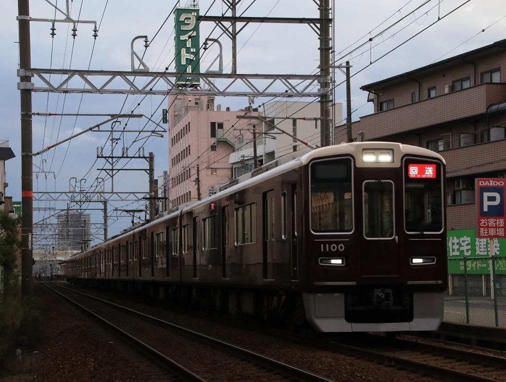 阪急1000系 1000F 仁川駅 送り込み回送_d0202264_3483181.jpg