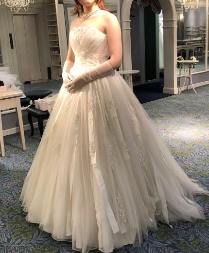 ウェディングドレスの選び方、色打ち掛けの選び方_a0213806_14533188.jpeg