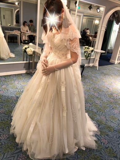 ウェディングドレスの選び方、色打ち掛けの選び方_a0213806_14540974.jpeg