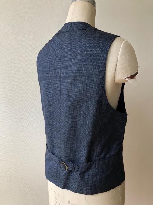 着物着物リメイク・ 大島のお着物から紳士ベスト_d0127925_10010596.jpg