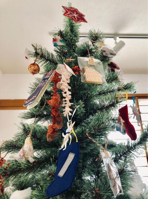 「2019 こころのカタチ Ornament TREE」おやつの時間に1/f_d0347031_14595924.jpg