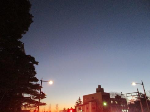 夕方と夜の境目_e0002850_22133182.jpg
