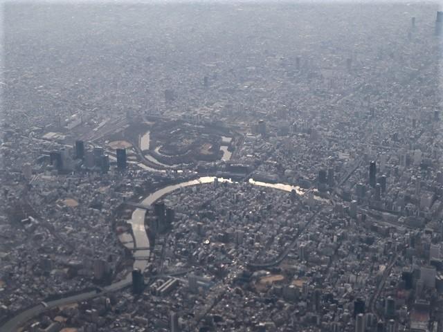 全日空からの絶景、大阪城と雲海、大阪の街が蜃気楼となった・・・・絶景かな大阪の街、ANAからの絶景写真_d0181492_21450305.jpg
