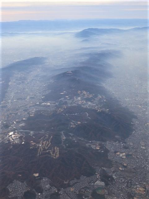 全日空からの絶景、大阪城と雲海、大阪の街が蜃気楼となった・・・・絶景かな大阪の街、ANAからの絶景写真_d0181492_21452920.jpg