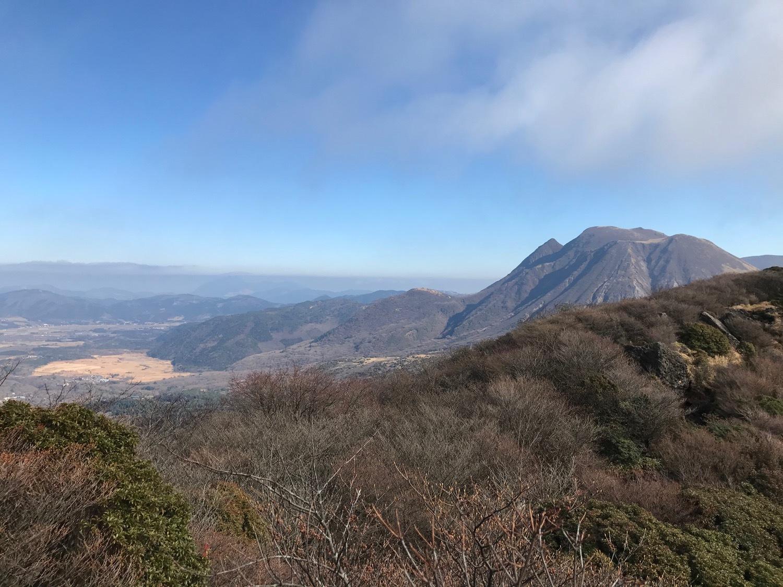 休みになると山歩きin久住-冬_f0232994_13404541.jpg