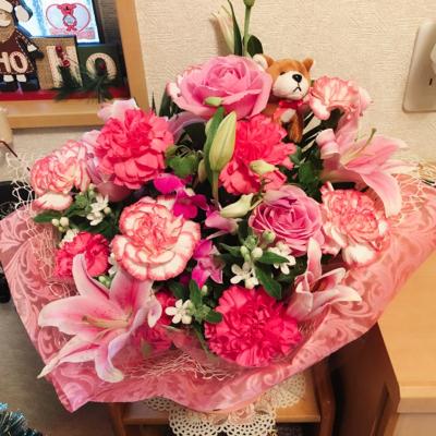 先週発表会でもらった花がまだキレイです。_c0106100_18231211.jpg