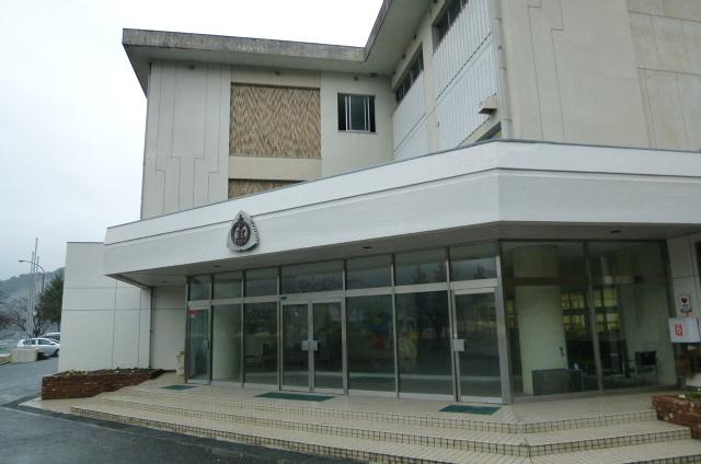 山口・萩市の課長を逮捕 公共工事の情報漏らした疑い _b0398201_21440305.jpg
