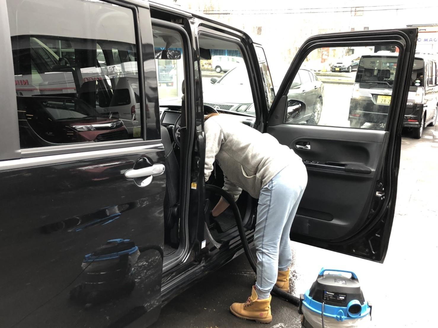 12月17日(火)本店ブログ♪ ハイエースバン 5ドアバン3.0DT スーパーGLロング 4WD_b0127002_17272278.jpg