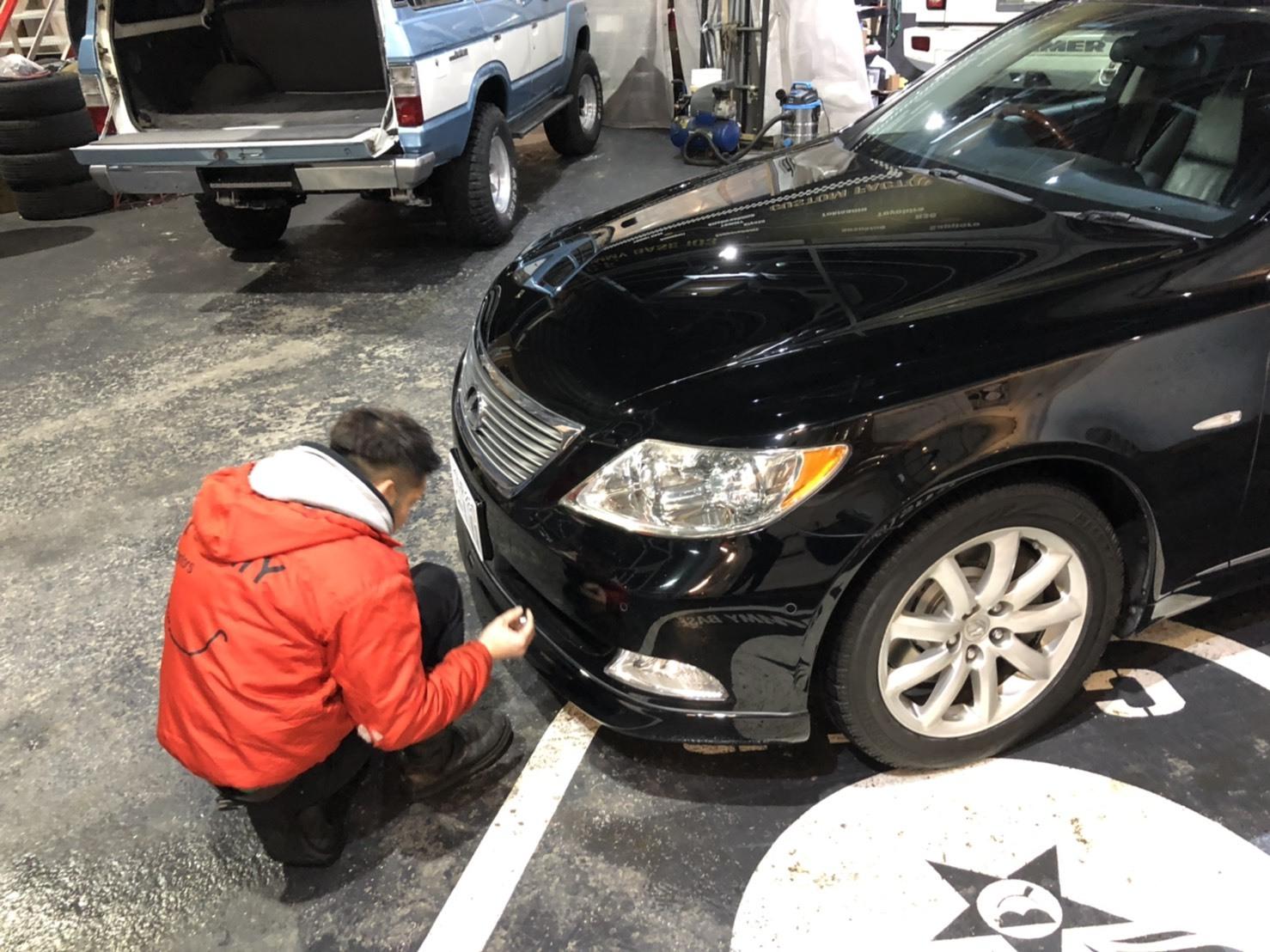 12月17日(火)トミーベースブログ☆レクサス♬LS460🎶LS600🎶フーガ♬スバル☆フォレスター☆レガシィ☆限定車🎶自社ローン♬ローンサポート_b0127002_18470110.jpg
