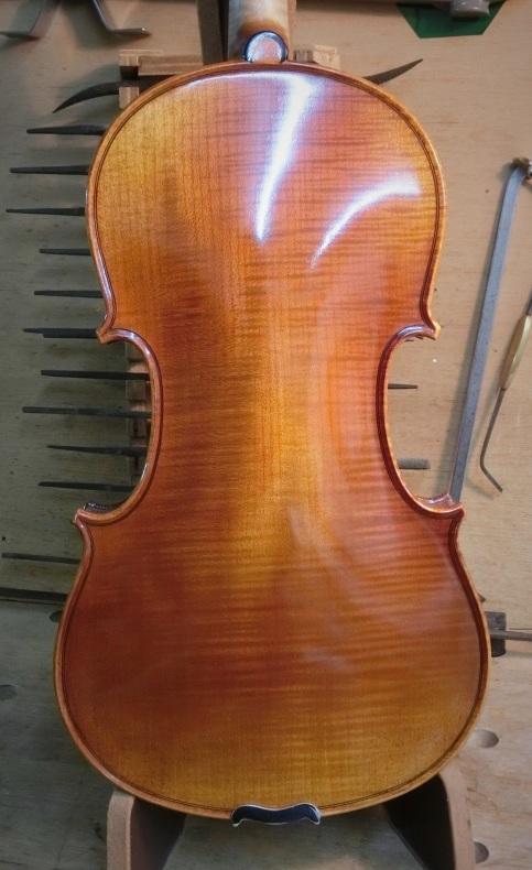バイオリン入荷しました_d0299605_19225263.jpg