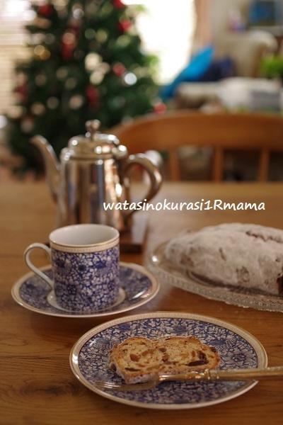 クリスマスを待ちながら、、、_c0365711_11430335.jpg