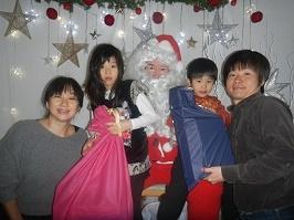 サンタさんが来ました!!_f0153418_11283123.jpg