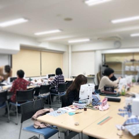 【ヴォーグ学園東京校】バッグとルームシューズと来年2020の目標と!!_f0023333_22203089.jpg