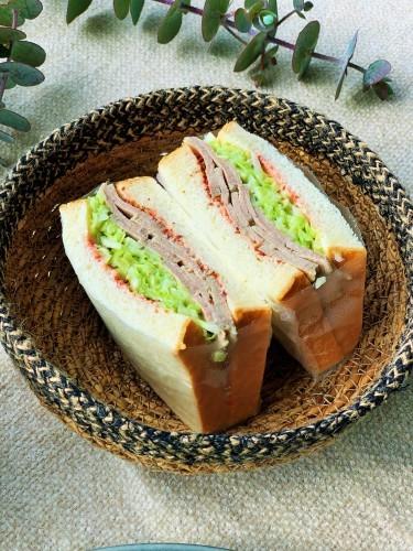 塩麹豚のサンドウィッチ_b0145846_12185670.jpg
