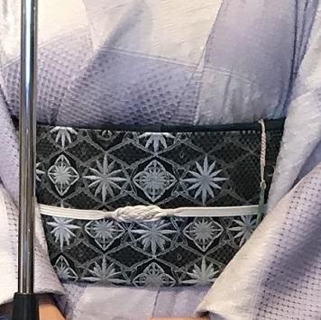 11周年・素敵なスワトウの大島にまいづる螺鈿名古屋帯。_f0181251_13590834.jpg