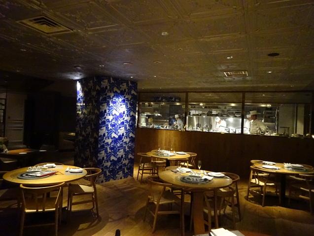 「王朝」で食べ放題の忘年会_b0405262_15483022.jpg
