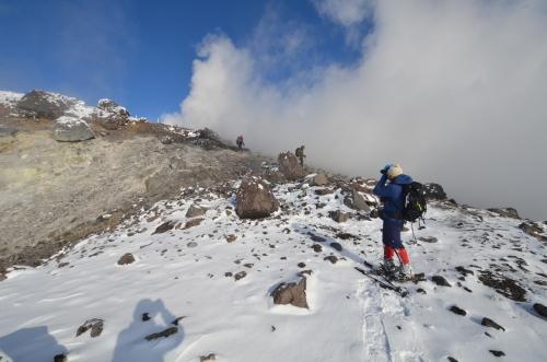 樽前山(北山)と苔の洞門、2019.12.15ー同行者からの写真ー_f0138096_23424183.jpg
