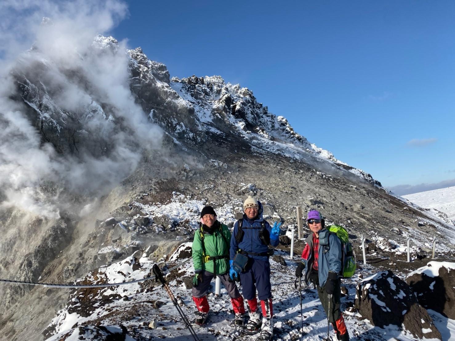 樽前山(北山)と苔の洞門、2019.12.15ー同行者からの写真ー_f0138096_23453971.jpg