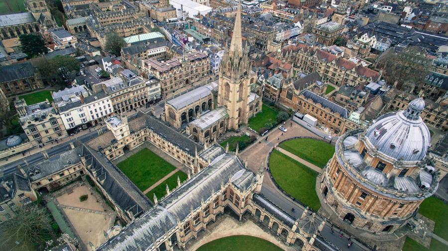英オクスフォード大に学ぶ㊤:伝統に革新を重ねる_c0075701_22261897.jpg