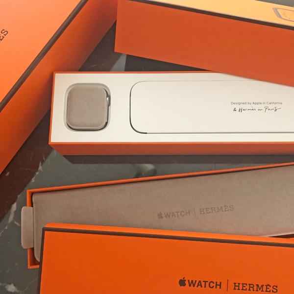 やっと届いた!Apple Watch x Hermes_c0134902_00004888.jpg
