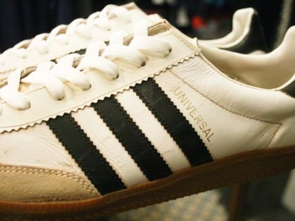 令和最初のヨーロッパ買い付け後記19 ただ真っ直ぐ。ベルリンからニュルンベルクへ 入荷70年代80年代adidas ヴィンテージスニーカー_f0180307_02460532.jpg