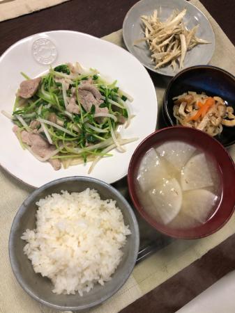 豚肉と豆苗の炒め物_d0235108_21193379.jpg