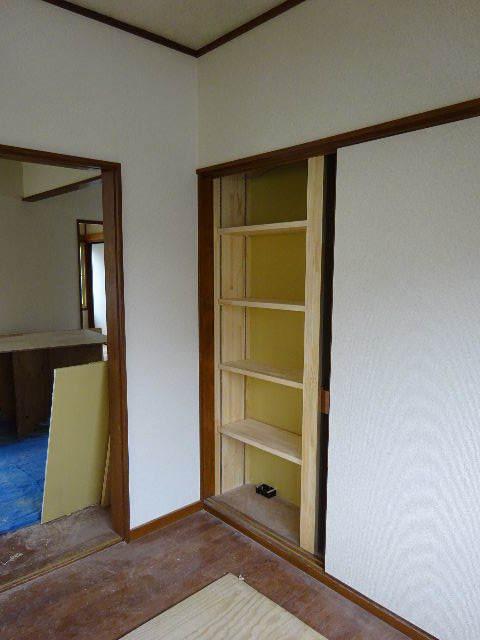 貸家の浴室リフォーム工事の様子_f0105112_04561847.jpg