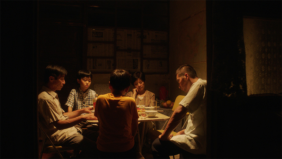 「夏の夜の騎士」第32回東京国際映画祭_c0118119_00420411.jpg
