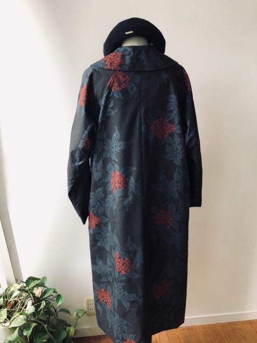 着物着物リメイク・ 大島紬からえりの大きなコート_d0127925_09101196.jpg
