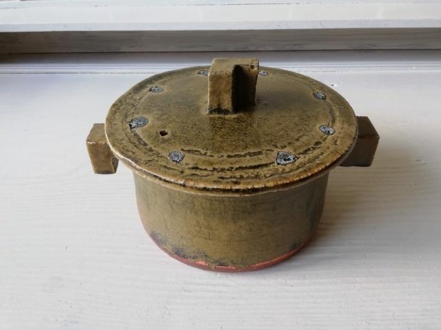 壺田和宏さんの土鍋が入荷しました!_b0207631_12512498.jpg