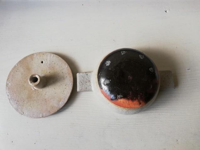 壺田和宏さんの土鍋が入荷しました!_b0207631_12555026.jpg