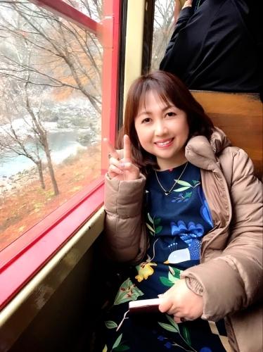 嵐山トロッコ列車_e0292546_03443020.jpg