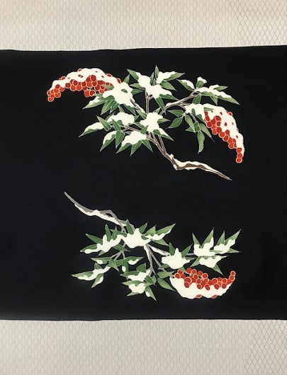 商品紹介・素敵な雪持ち南天の染め帯をコーディネイト。_f0181251_19123417.jpg