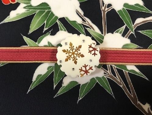 商品紹介・素敵な雪持ち南天の染め帯をコーディネイト。_f0181251_19160579.jpg