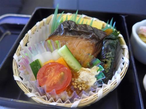 ANA機内食の話 〜ANAオリジナルメニュー〜_f0232060_18472756.jpg