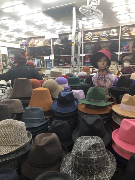 東大門 平和市場で冬の帽子を買う_b0060363_14560484.jpeg