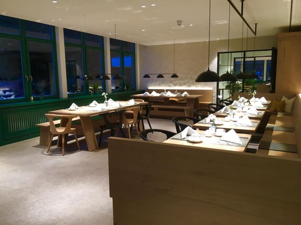 パリ・南ドイツ紀行2019「AMERON Neuschwanstein Alpsee Resort & Spaにてディナー」_a0138976_16333988.jpg