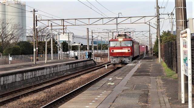 藤田八束の鉄道写真@東北本線宮城県JR名取駅はサッポロビール園前にあります。貨物列車「金太郎」が頑張っています・・・サッポロビールはこの貨物列車をもっと効果的使うと良い・・・貨物列車をコマーシャル様_d0181492_18022953.jpg