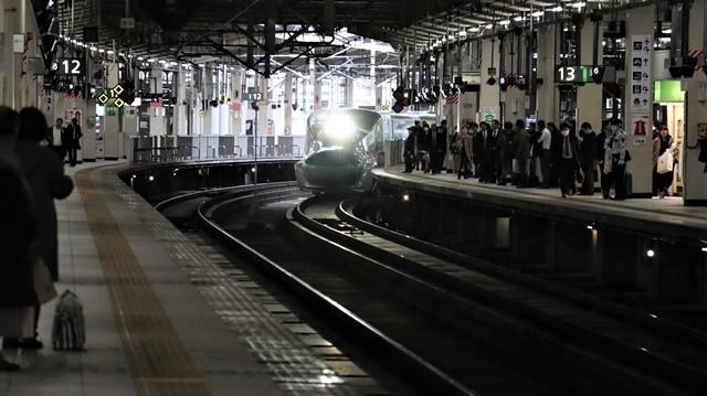 藤田八束の鉄道写真@東北本線宮城県JR名取駅はサッポロビール園前にあります。貨物列車「金太郎」が頑張っています・・・サッポロビールはこの貨物列車をもっと効果的使うと良い・・・貨物列車をコマーシャル様_d0181492_18065226.jpg