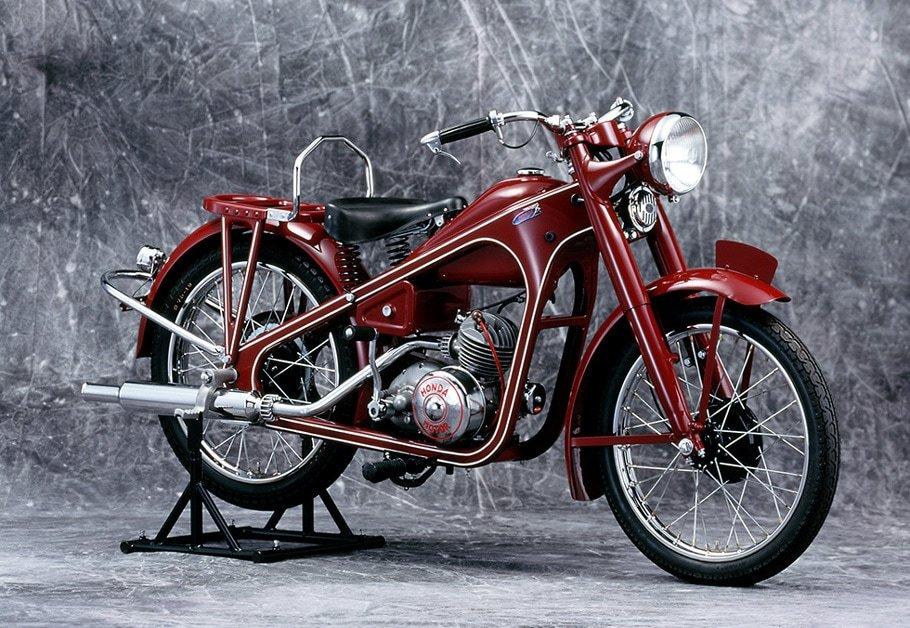 Honda 二輪車の世界生産累計4億台を達成_d0368592_20445135.jpg