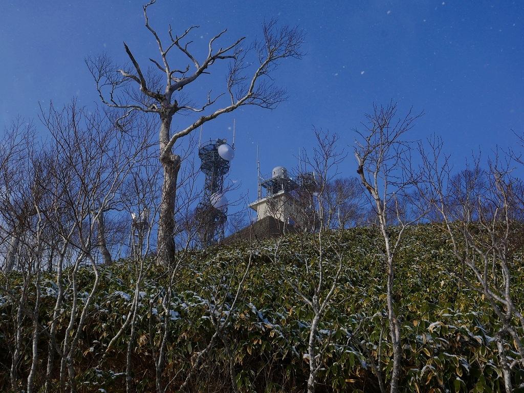 少雪の紋別岳、2019.12.19_f0138096_17243227.jpg