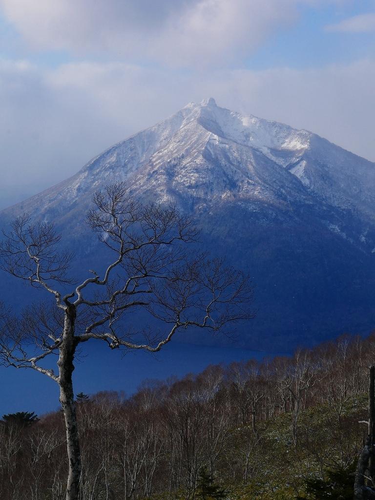 少雪の紋別岳、2019.12.19_f0138096_17251849.jpg