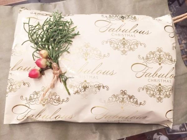 クリスマスイブになってしまいました。今さらですがクリスマスのプレゼントにどうですか?入荷マフラー、財布、ポーチ、ニット帽など小物類_f0180307_19064799.jpg