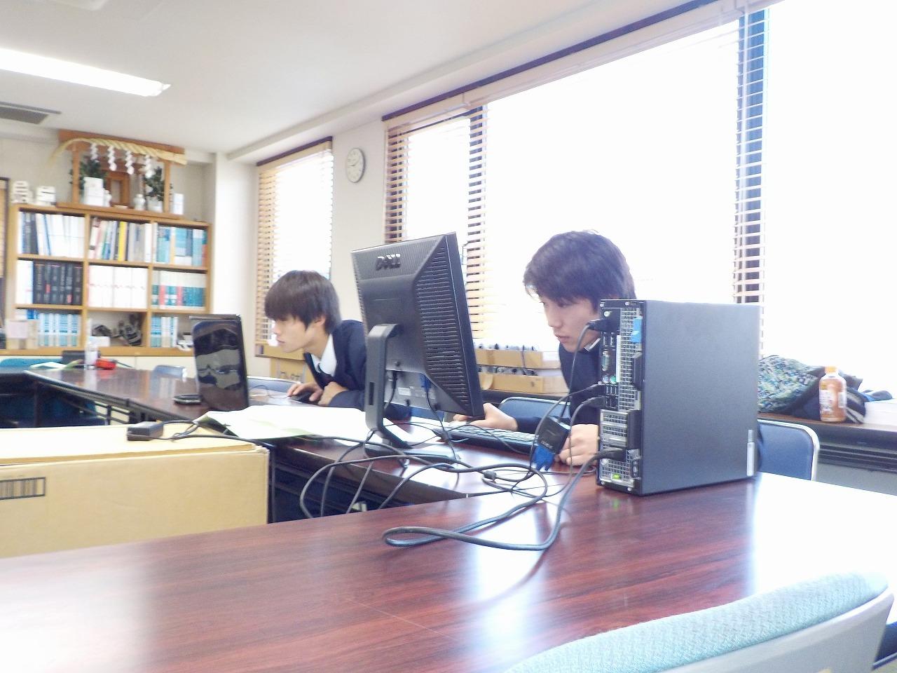 都立高校 インターンシップ② 図面作成にチャレンジ!_e0215910_08375179.jpg