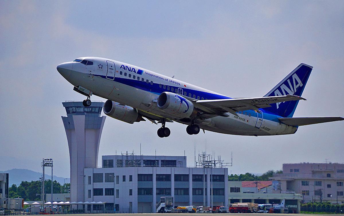 Boeing737-500。_b0044115_03002814.jpg