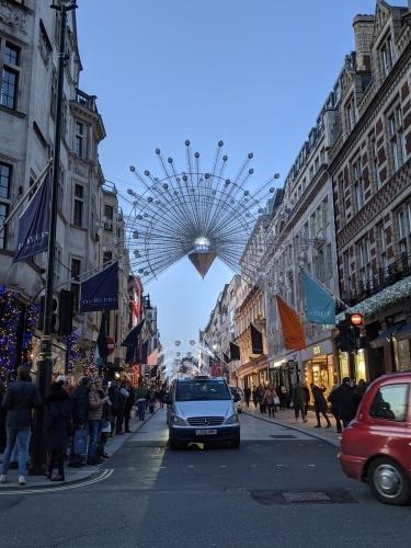 ロンドンのクリスマスムード_e0151619_07010558.jpg