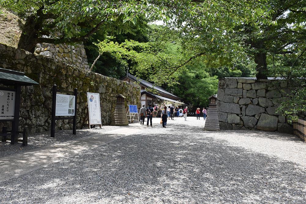 国宝・彦根城を歩く。 その1 <佐和口御門~表御殿>_e0158128_15311780.jpg