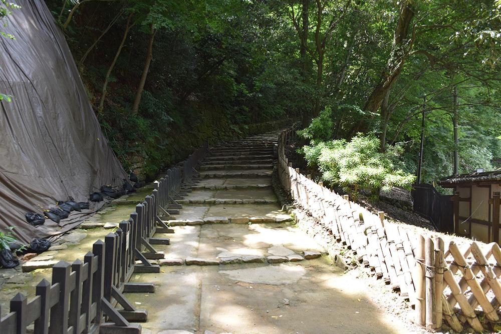 国宝・彦根城を歩く。 その2 <天秤櫓>_e0158128_15470414.jpg