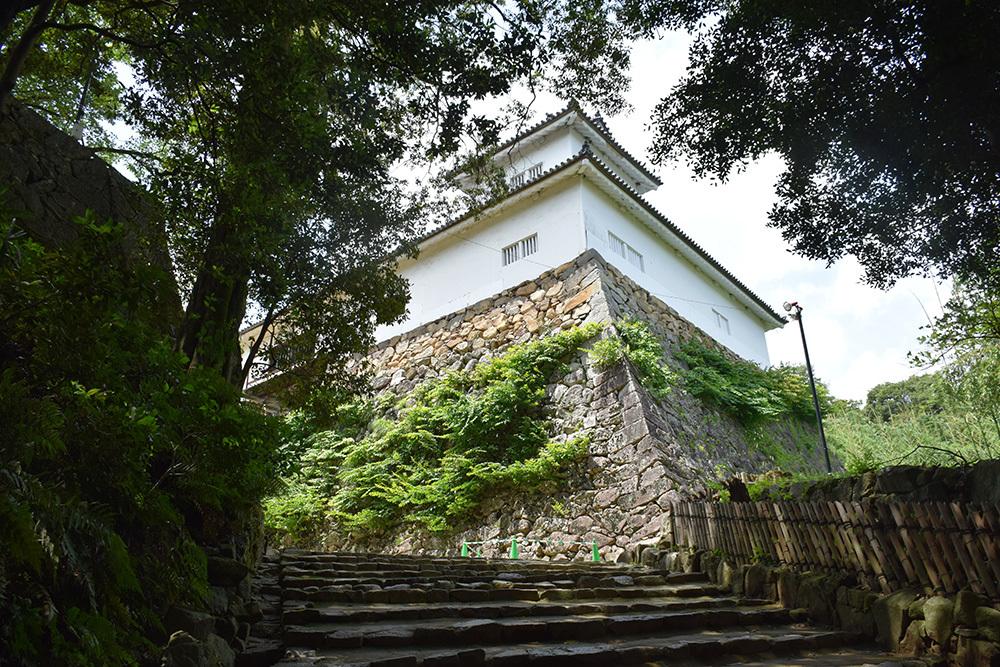 国宝・彦根城を歩く。 その2 <天秤櫓>_e0158128_15501465.jpg